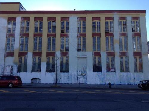 Artworks Disappear Overnight As 5 Pointz Graffiti Haven Is Painted White